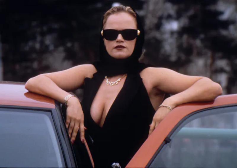 """Katarzyna Figura w filmie """"Kiler"""" (1997)"""