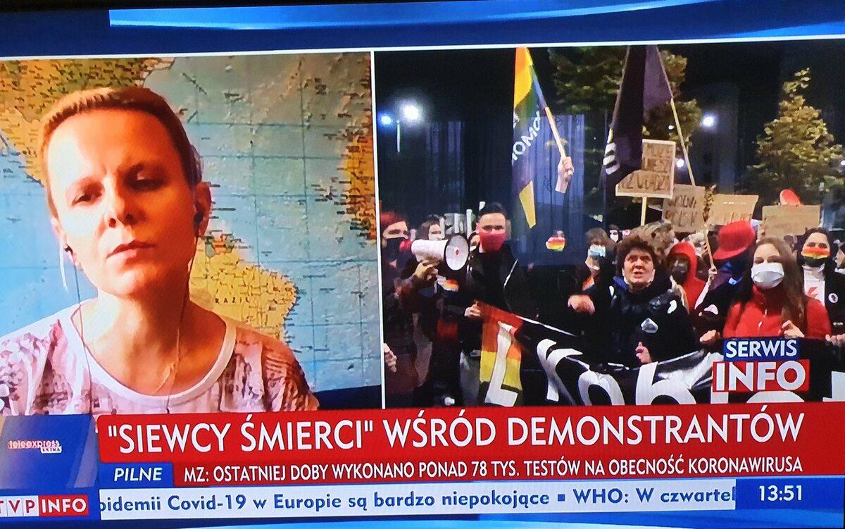 Strajk Kobiet w Warszawie w relacji TVP