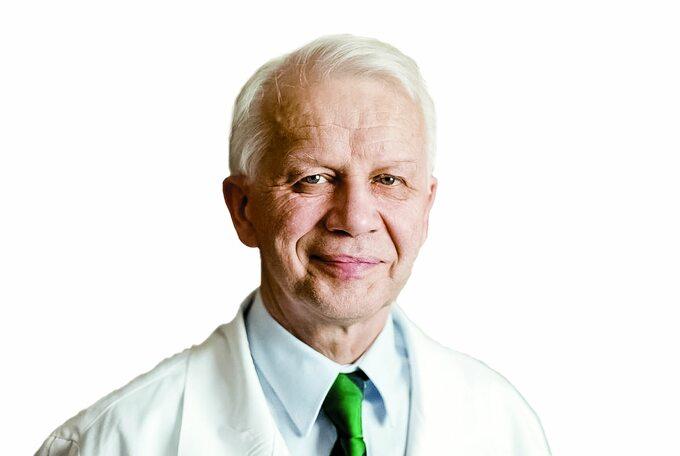 Prof. Wiesław W. Jędrzejczak, wieloletni krajowy konsultant krajowy wdziedzinie hematologii: