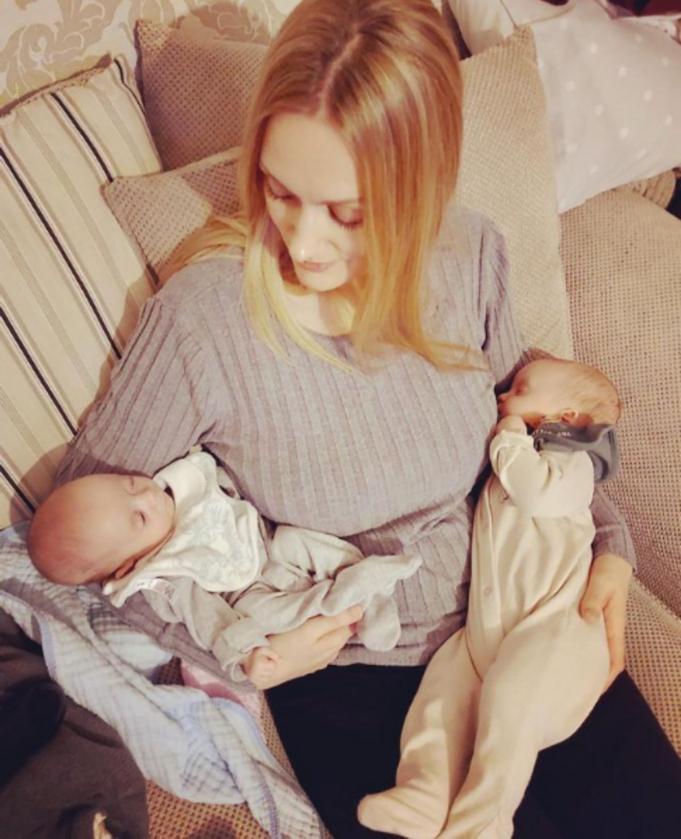 Rebecca Roberts i jej dzieci
