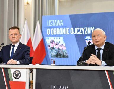 Błaszczak zostanie następcą Kaczyńskiego? Zastanawiające doniesienia
