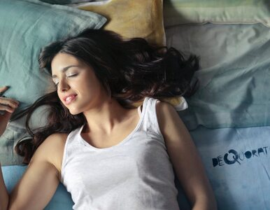 Jak zasnąć w ciągu 60 sekund? Banalnie prosty trik
