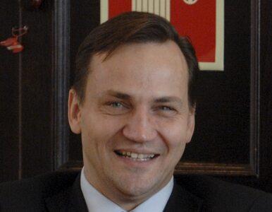 Sikorski: Białoruś musi szanować demokrację