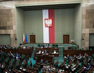 CIS potwierdza: Senator PiS był dziś na sali sejmowej. Dobrzyńskiemu...