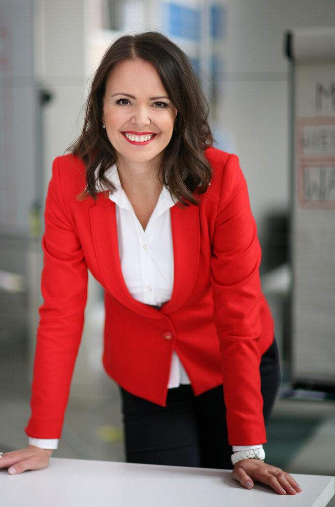 Dr Adrianna Lewandowska
