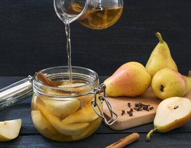 5 zalet kiszonych owoców. Dlaczego warto jeść zimowe superfoods?