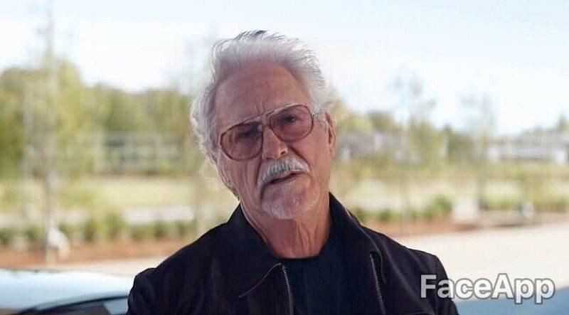 Robert Downey Jr. (Tony Stark) postarzony przez FaceApp