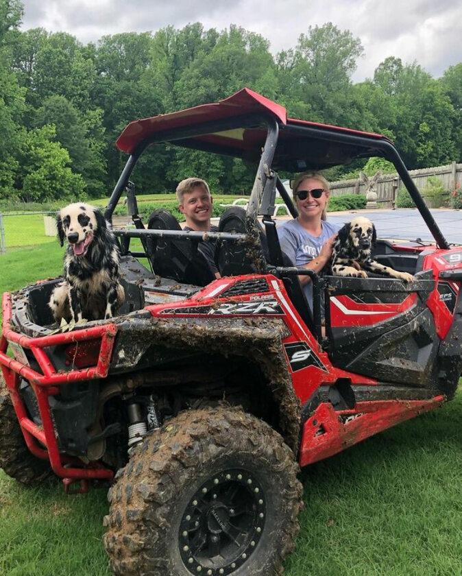 Oakley i Nelli oraz ich właściciele