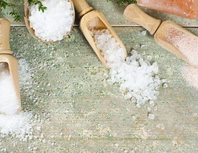 Sól do kąpieli rozluźnia, ale też oczyszcza organizm. Jaką sól wybrać?