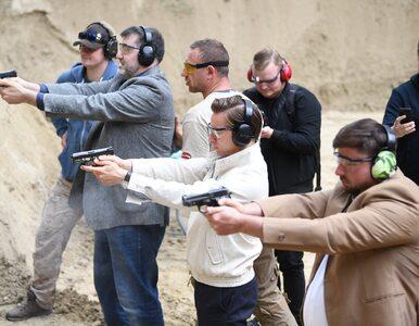 Konfederacja z posłami PiS złoży nowy projekt ustawy o broni. Pozwolenie...