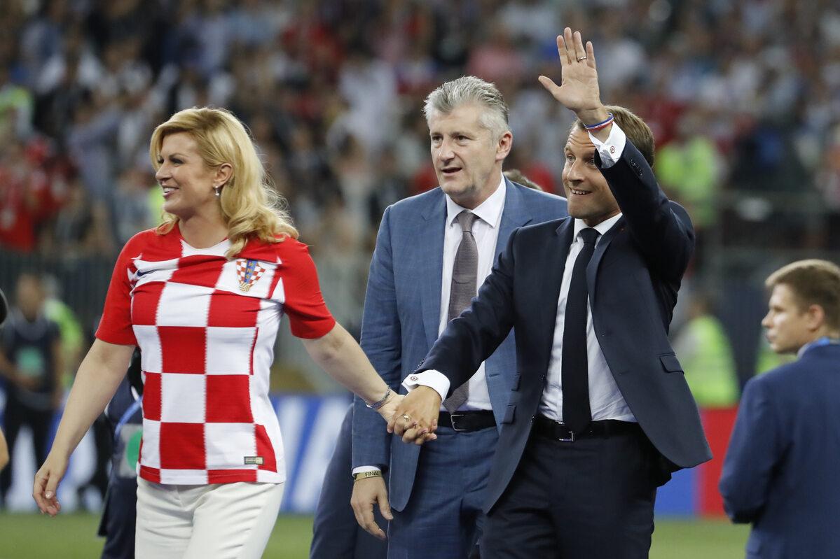 Prezydenci Francji i Chorwacji zmierzają w stronę podium dla piłkarzy