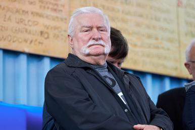 """Lech Wałęsa bierze w obronę słowa """"będziesz wisiał"""". Przy okazji..."""