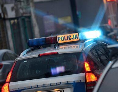 Policjant postrzelił się w głowę na komendzie w Inowrocławiu. 25-latek...