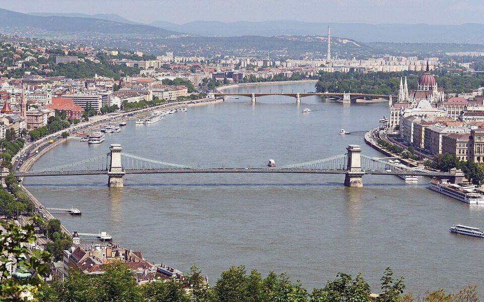 To ósma pod względem liczby ludności europejska stolica. Jak się nazywa?