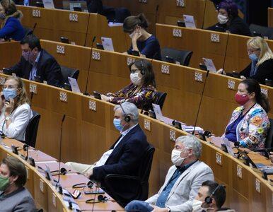 Paszporty covidowe. Parlament Europejski zagłosował za wprowadzeniem...