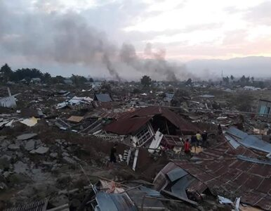 Trzęsienie ziemi w Indonezji. Wzrosła liczba ofiar