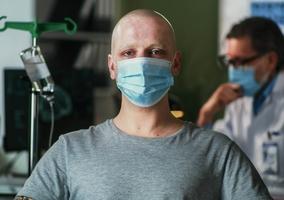 Prof. Rutkowski: Trzeciej fali COVID niebyło wszpitalach onkologicznych