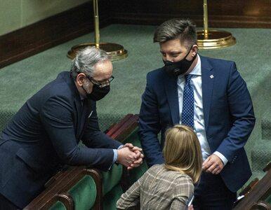 """Rząd """"odmroził"""" m.in. kasyna i solaria. Koalicjant PiS-u: Dla mnie też..."""