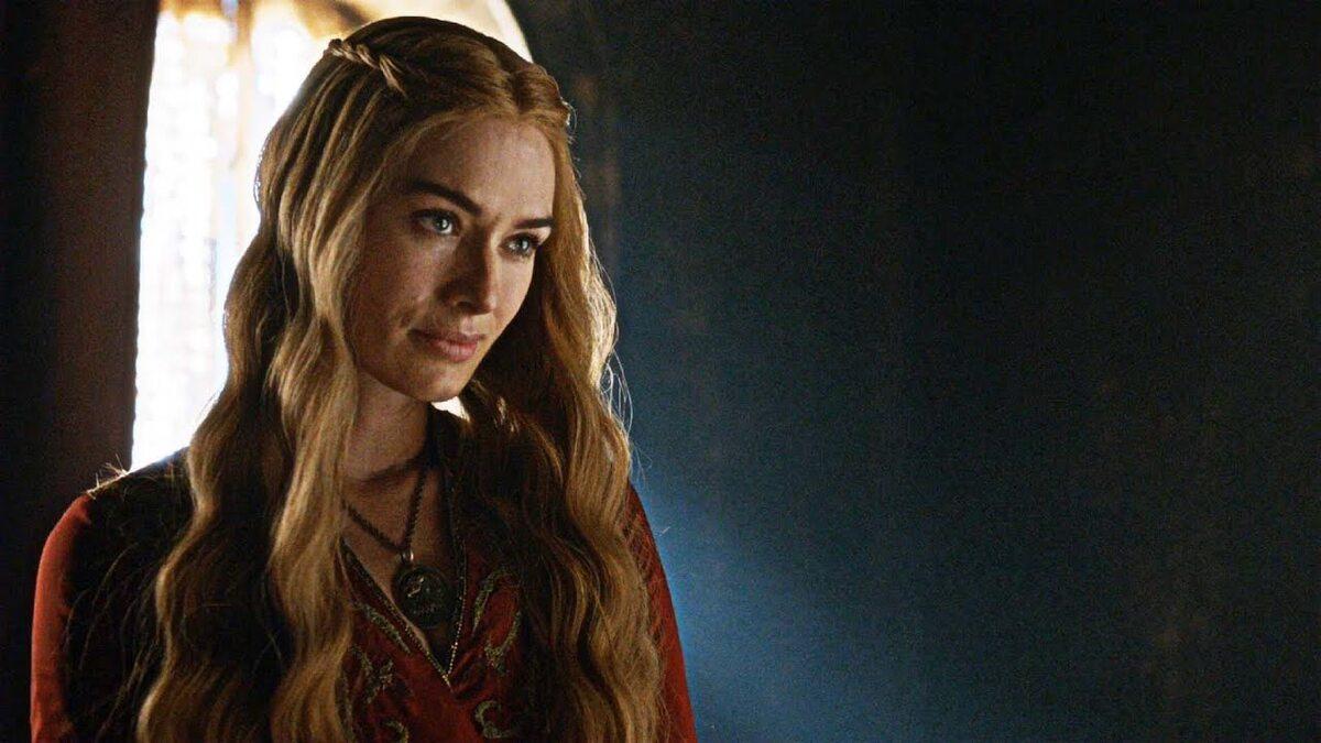 """Cersei Lannister w 1. sezonie """"Gry o tron"""" Postać grana jest przez aktorkę Lenę Headey."""