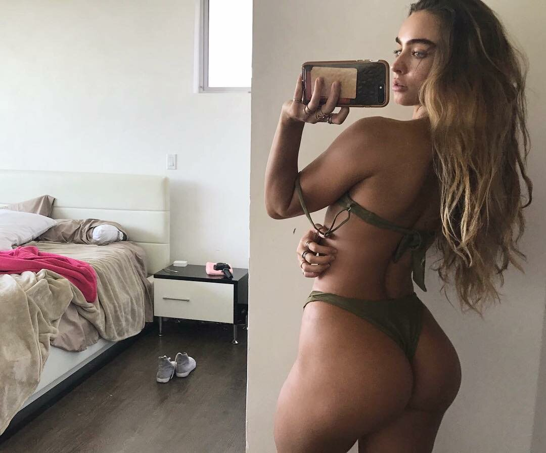 Sommer Ray