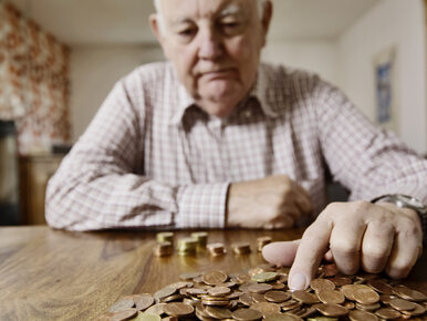 Rząd stara się naprawić wpadkę z emeryturami. Około 105 tys. osób nie...