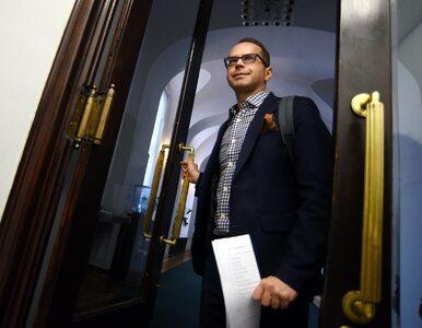 Od czasu jego wykluczenia PO blokuje mównicę. Teraz Kancelaria Sejmu...
