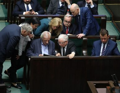 "Polscy politycy cierpią na niebezpieczną chorobę. ""Nie ma na to żadnej..."