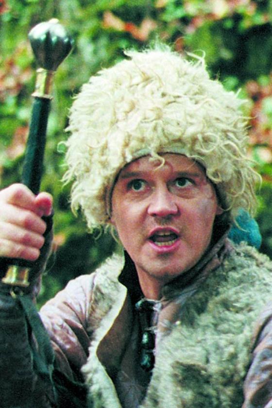 """Wojciech Malajkat jako Rzędzian w filmie """"Ogniem i mieczem"""" (1999)"""