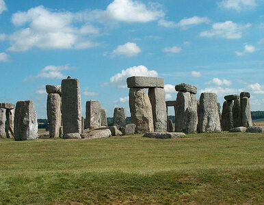 Odkryto reliefy na kamieniach Stonehenge