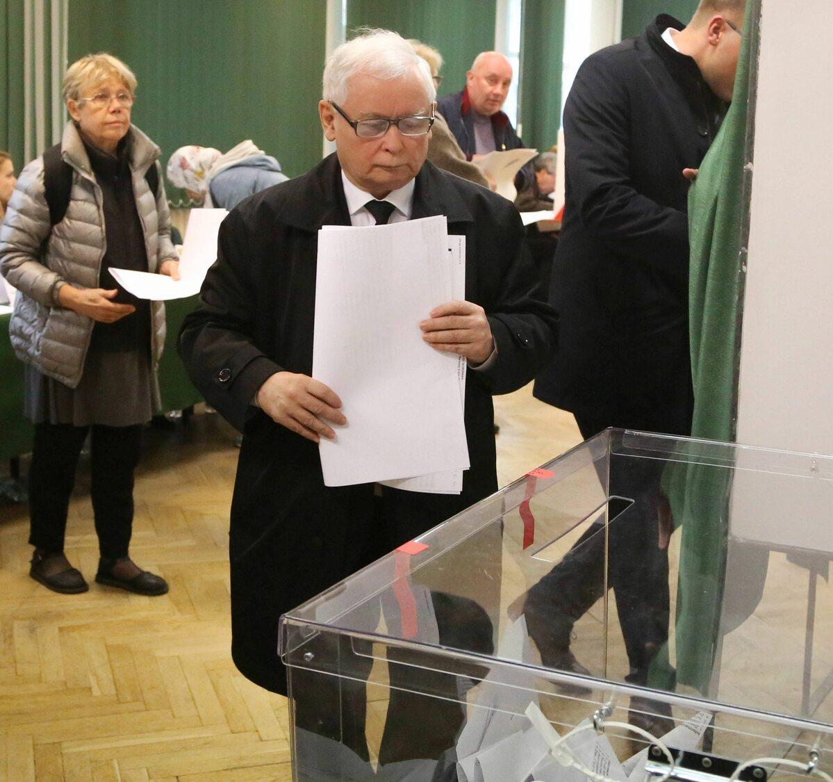 Prezes PiS Jarosław Kaczyński oddał głos w Warszawie