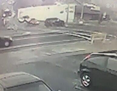 Pościg za skradzionym autem. Złodziej staranował 4 samochody