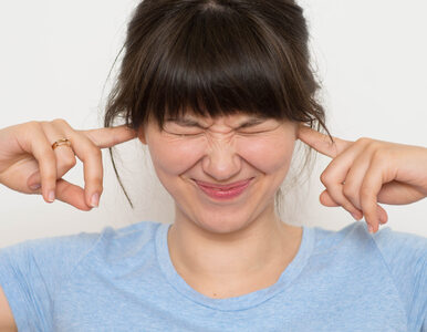 Mizofonia utrudnia jej życie. Na czym polega to zaburzenie?