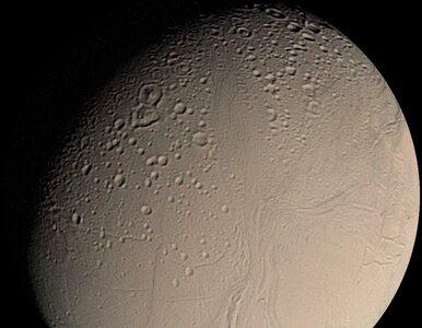 Sensacyjne odkrycie NASA. Pod lodową skorupą księżyca przy Saturnie może...