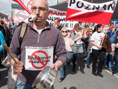 """Kaczyński pozostawia frankowiczów samym sobie? """"Powinni wziąć sprawy w..."""