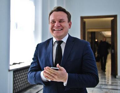 """Jest chętny z PiS do debaty z PO. """"Platformo odwagi! Jestem gotowy,..."""