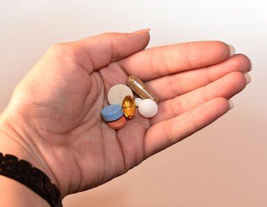 5 napojów, którymi nie wolno popijać leków