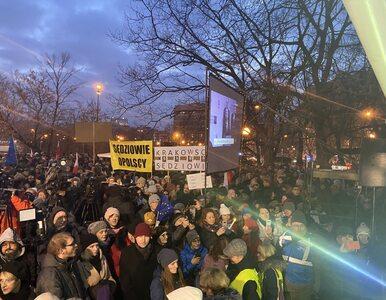 Demonstracje w obronie sędziów. Tłum przed Ministerstwem Sprawiedliwości