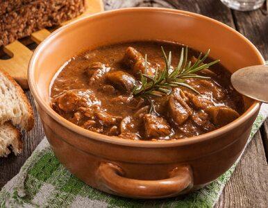 Karmuszka. Jak zrobić sycącą zupę gulaszową prosto z Mazur?