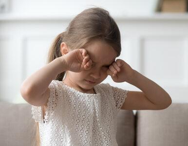 Naukowcy: Płyny do dezynfekcji rąk mogą powodować oparzenia oczu u dzieci
