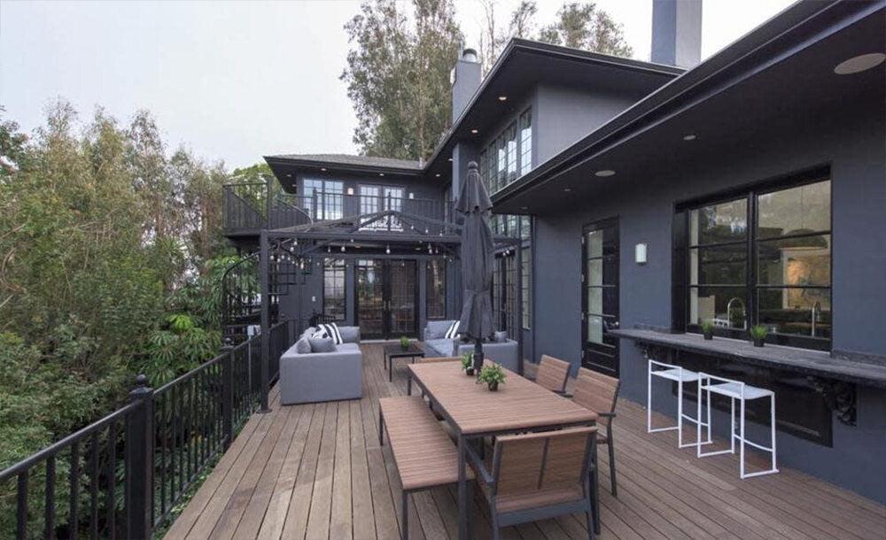 Dom wystawiony na sprzedaż przez Calvina Harrisa