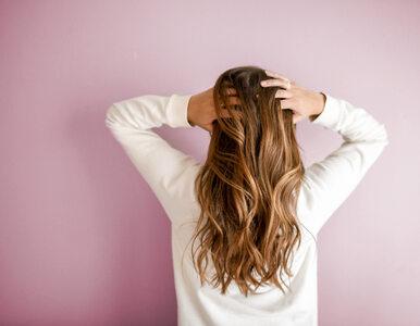 Wszędzie znajdujesz swoje włosy? Czas porządnie wzmocnić je od środka