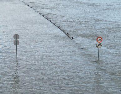 Ulewa nad Warszawą, ulice zalane