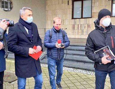 """""""Wymiociny i pierdolety"""". Wojewoda opolski publicznie niszczy """"czarną..."""