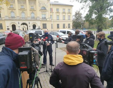 Starcia przed domem prezesa PiS. Są zatrzymani, policja wydała komunikat