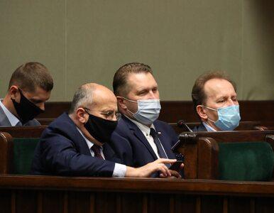 """Burzliwa debata w Sejmie o przyszłości Przemysława Czarnka. """"Pisizm to..."""
