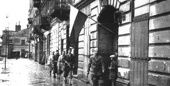 Jak dobrze znasz historię Powstania Warszawskiego? Sprawdź swoją wiedzę!