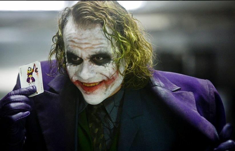 Co, zdaniem Alfreda Pennywortha, jest celem Jokera?