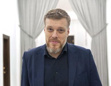 Adrian Zandberg zagrał w serialu Telewizji Polskiej. Wrzucił do sieci...