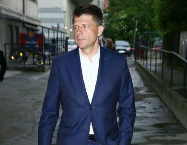 Ryszard Petru chce uderzyć w działania PiS Okrągłym Stołem i Frontem...