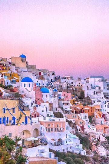 10. miejsce - Grecja (na zdjęciu Santorini)